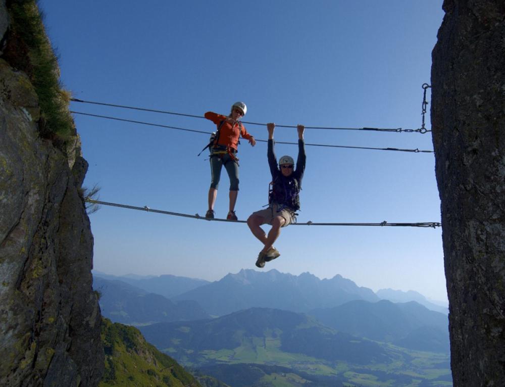 Klettersteigbau Henne